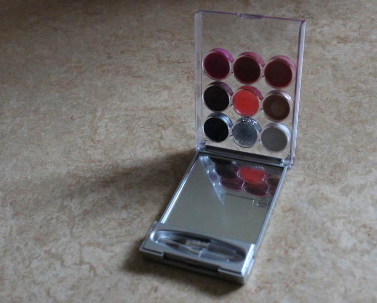 Casuelle make-up palette
