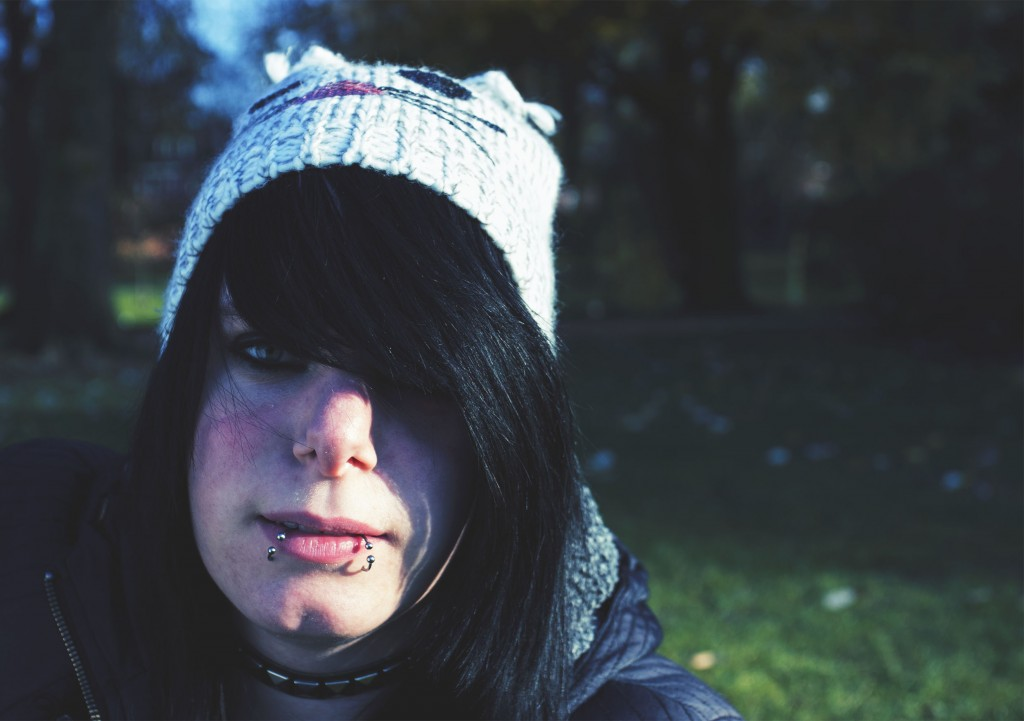 emo (1)